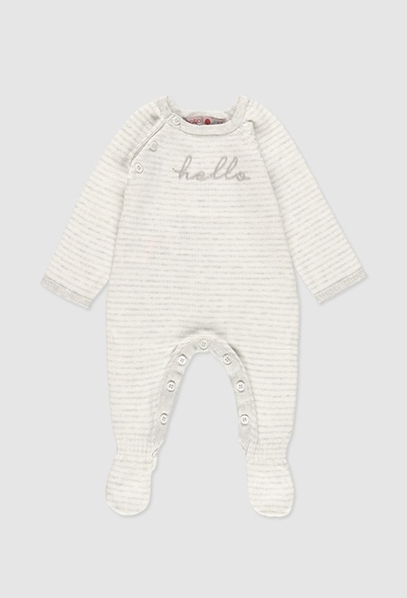 Knitted play suit for baby_1